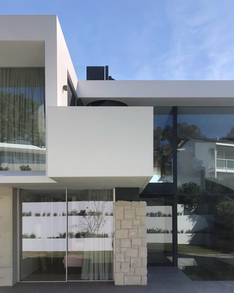 Vaucluse rd exterior